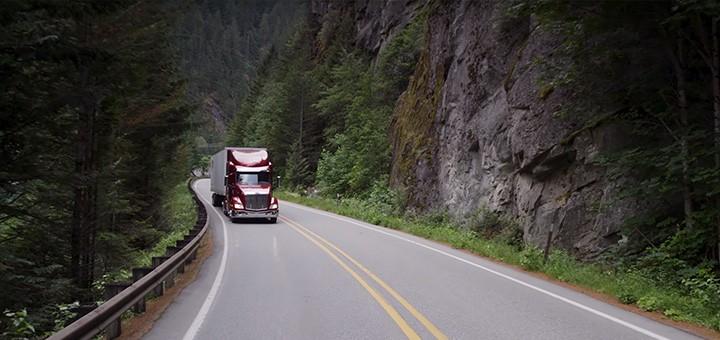 hdr-trucks-ai-autonomous-trucks